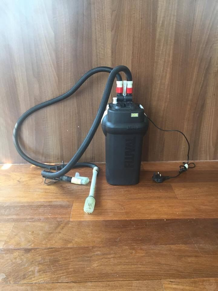 Fluval 206 External Filtersuitable for up to 200L aquarium fish tanksin West End, LondonGumtree - The Fluval 206 External Canister Filter has a flow rate of 780lph and is suitable for fish tanks up to 200L Fluval 206 external filter, with inlet and outlet pipes, will need media and sponges Comes with AquaStop valve assembly Ribbed hosing 2 rim...
