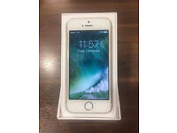 Gold iPhone 5s 16GB - Unlocked in very good condition with box