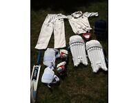 Boys cricket equipment / clothing bundle. 9-10 years
