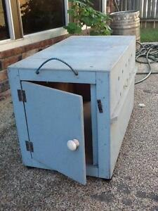 Timber dog house for small-medium dog Kippa-ring Redcliffe Area Preview