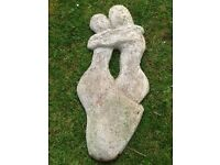 Large garden figure (couple embracing)