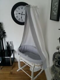 clair de lune moses basket,stand and drapes