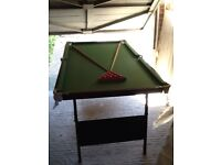 Child snooker table