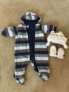 9 Month Carters Fleece, Hat and mittens