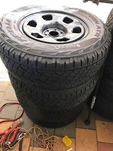 245/70/R16 Swap for 33s Seville Grove Armadale Area Preview
