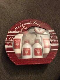 Ladies gift set NEW