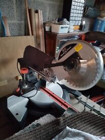 Sip mitre saw with laser