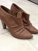 Ladies ankle boots Wynnum Brisbane South East Preview