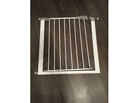 2 x Lindam pressure fit stair gates **£12 for both**