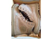 *BRAND NEW IN BOX* Men's Winter Boots size 7, £20 (RRP £80)
