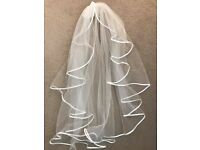 Bianco Evento Waterfall Wedding Veil