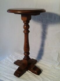 Wine table (small) by Old Charm