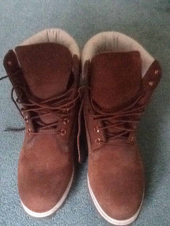 Used timberland boots, UK 7