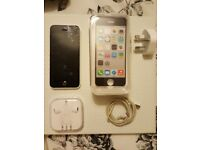 White iphone 5c 8gb with box & all accessories