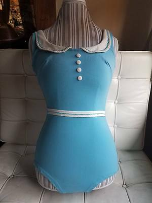 Adorable VTG Mod 60s Alice in Wonderland novelty bathing suit - M