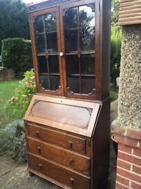 Mahogany writing desk/bureau (1 small window broke when moving it around)