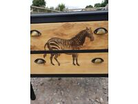 Solid oak chest of drawers 🦓
