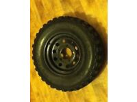Land Rover Modular Steel Wheel w/ 235/70 R16 Tire