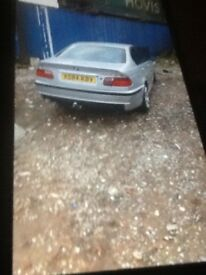 Breaking bmw 320 d se 5 door silver