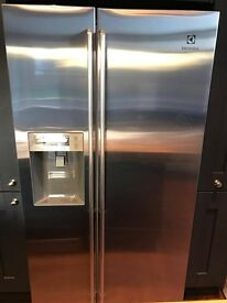Electrolux American Fridge Freezer - NEW - Unwanted Exchange - Stainless Steel Ice/Water Dispenser