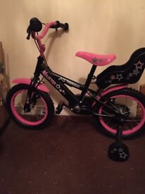 Girls glitter bike new. Unused . Wheel size 14 ins . Suitable for ages 3 to 5