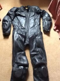 """Triumph motorcycle all in one suit. Size 42""""."""