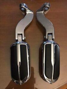 Harley Davidson Chrome CVO Passanger Pegs and Mounts