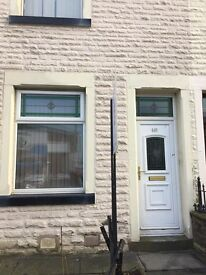 ** TO LET BURNLEY ROAD, COLNE **