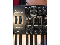 Analogue synthesiser for sale and in great condition