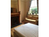 Double room available in Cricklewood (zone 2)- Available from March 8th to April 1st for 500£