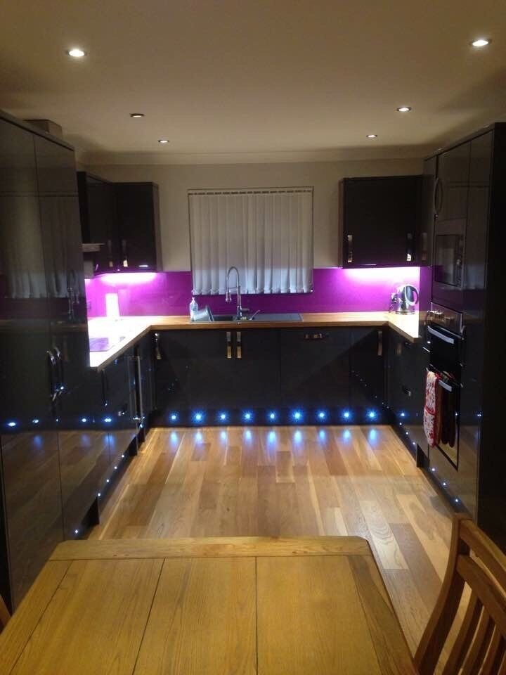 Joiner, kitchen fitter, bathrooms bedrooms . SK Donnachie Joinery.
