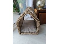 NEW with TAGS COX AND COX RATTAN DOG PET HOUSE BED rrp £175