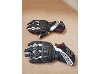 Spada Motorcycle race gloves Size Large, Carbon