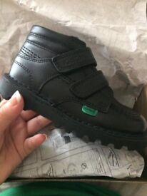 Boys kicker boots
