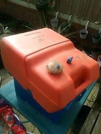 Boat fuel tank, plastic 25l approx, NO line