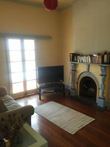 Short-term room available in spacious Queenslander in Highgate Hi Highgate Hill Brisbane South West Preview