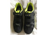 Cycle shoes - Multi Air Flex Urban Sport Road Shoes, size 7 (42) - only used once
