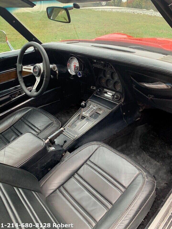 1976 Red Chevrolet Corvette     C3 Corvette Photo 7