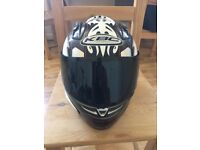 KBC HELMET integrated air tunnel technology used,but cheap and still alright. SIZE M 57-58cm HUNSLET