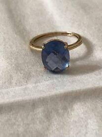 Blue colour change Fluorite 9k 9 karat yellow gold ring band size J (5) small