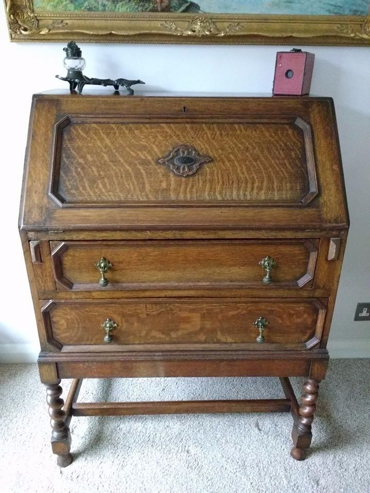 Antique 1920's Oak Bureau with drawers and barley twist legs.