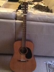 Encore Electro Acoustic Guitar. Reluctantly downsizing my Guitar collection.