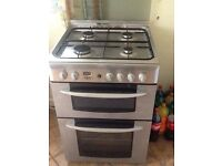 Gas cooker in good condition (60cm width)