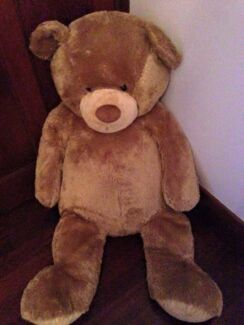 Large teddy bear approx 150cms Prospect Prospect Area Preview