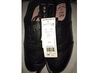 BRAND NEW F+F (TESCO) LADIES UK SIZE 4 SCHOOL SHOES / WORK SHOES £19 TAGS ATTACHED