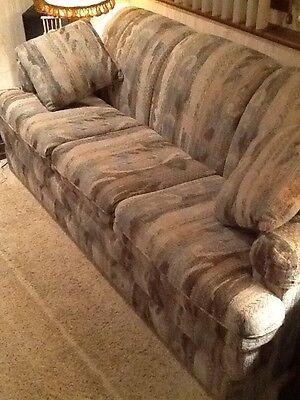 La Z Boy Sofa   Couch  W  Hide A Bed   Queen Sleeper Bed