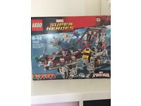 Marvel Spiderman 76057 bnib