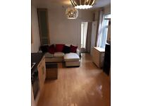 **GROUND FLOOR FLAT WITH ACCESS TO GARDEN** NO AGENCY FEES**