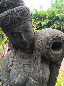New Bali greenstone statues