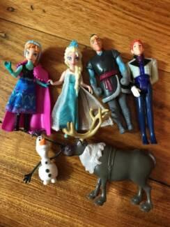 Frozen figurines/toys x 6